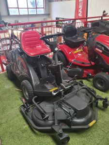 Gardenline out front mower Image